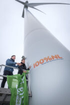 Jan Smit doopt Pure Energie windmolen om tot eerste 100% NL windmolen