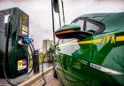McDonald's en Vattenfall plaatsen hun eerste snellaadpunt voor elektrische auto's in Drenthe, Gelderland en Overijssel
