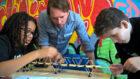 TBI sluit maatschappelijk partnerschap met IMC Weekendschool