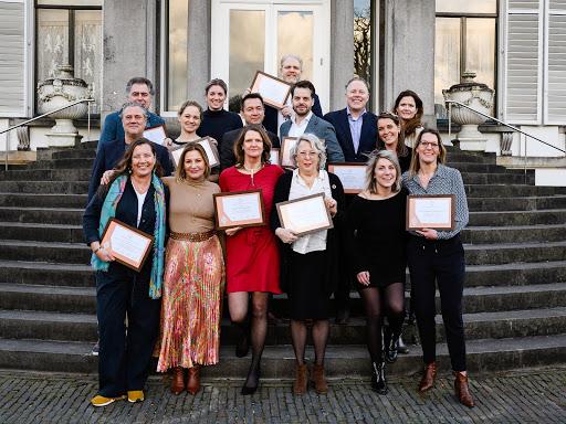 Twaalf Nederlandse ondernemingen die zich onderscheiden door duurzaam ondernemerschap zijn vandaag tijdens een bijeenkomst op Paleis Soestdijk genomineerd voor de Koning Willem I Plaquette voor Duurzaam Ondernemerschap.  De vakjury onder leiding van ondernemer Anne-Marie Rakhorst selecte...