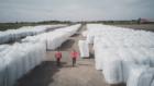 """De Monitor: """"Staatssecretaris Van Veldhoven in de maag met tonnen plastic afval"""""""