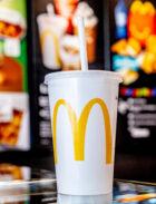 McDonald's Nederland vervangt plastic rietjes en bespaart zeventigduizend kilo plastic per jaar