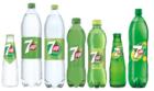 7UP vervangt na 92 jaar de iconische groene fles voor een transparante versie