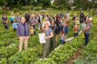 221 organisaties en grootouders overhandigen manifest en strijden samen voor gezonde grond