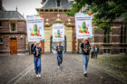 innocent drinks 'samen voor statiegeld' op Haags Binnenhof