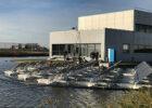 Drijvend zonnepaneleneiland bij SABIC Bergen op Zoom eerste in Europa