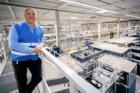 Multi-inpakmachine van bol.com 's werelds eerste die meerdere artikelen op maat in één doos verpakt